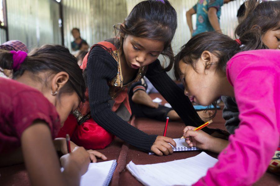 Nepal jordskælv børn