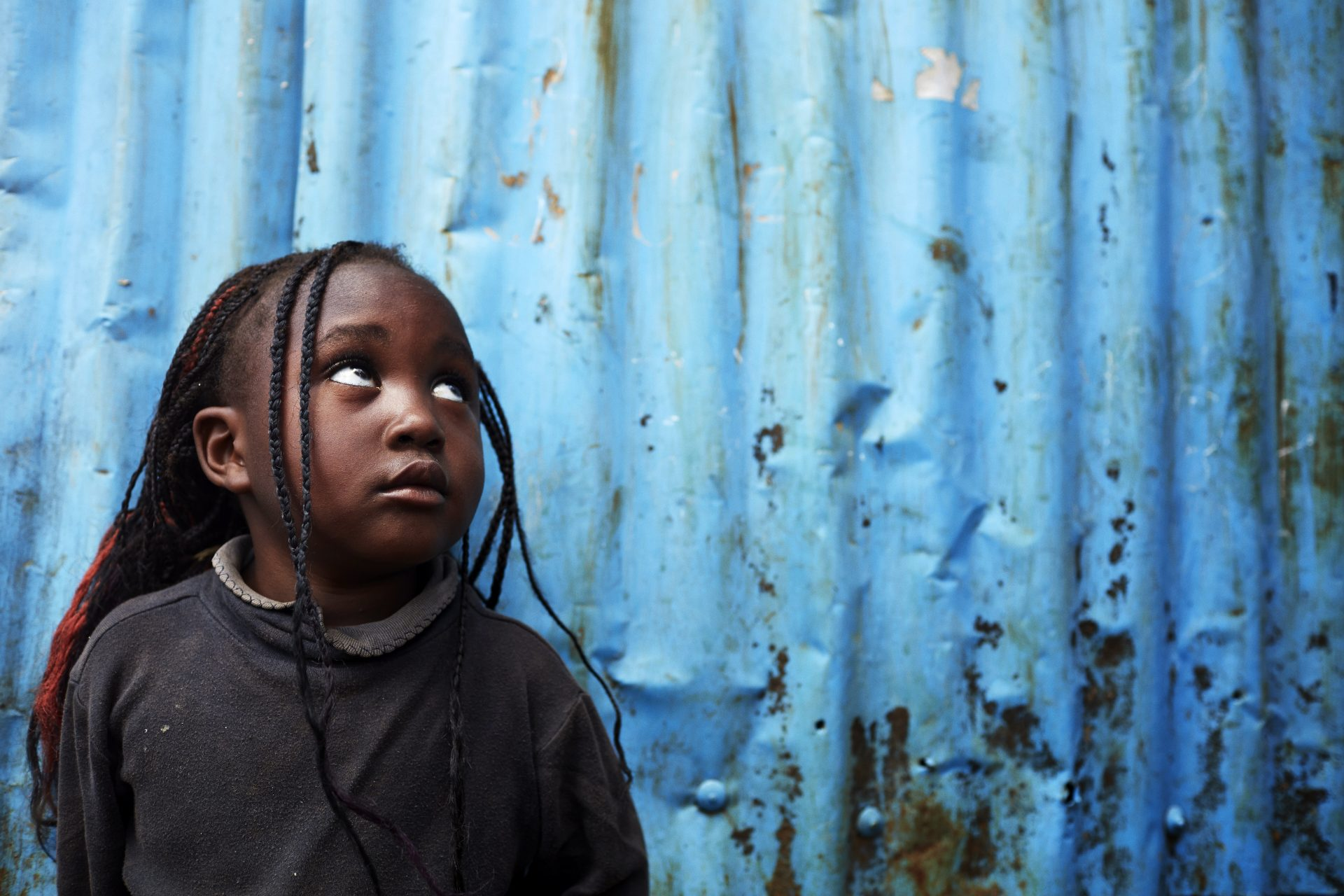 Slummen er et af de farligste steder at være barn. Sygdomme, ildebrande og overgreb er blandt farerne for børnene. Foto: Jens Honoré