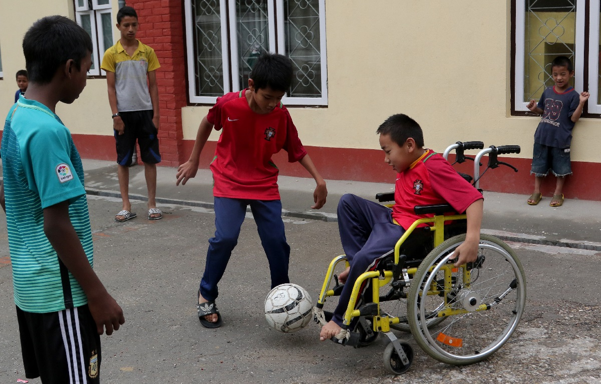 Nepal Jorpati SOS-boern spiller fodbold