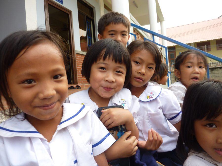 Det er børnene i SOS-skolen i Battambang, som får glæde af AllianceBernsteins støtte på 100.000 kroner årligt indtil 2021.